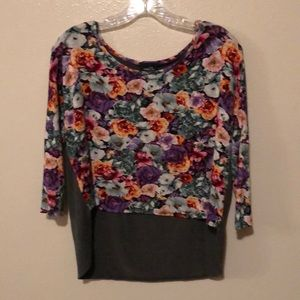 Rue21 top, size large